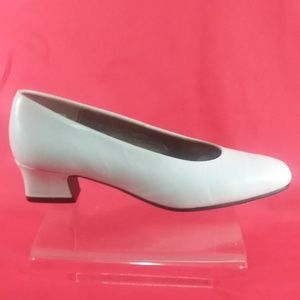 "HUSH PUPPIES Women White ""Size 5"" Leather Shoes"